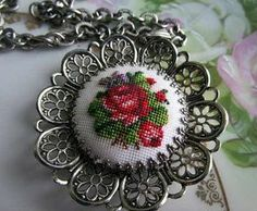 This Pin was discovered by Pla Silk Ribbon Embroidery, Embroidery Jewelry, Beaded Embroidery, Cross Stitch Embroidery, Hand Embroidery, Cross Stitch Designs, Cross Stitch Patterns, Minis, Mini Cross Stitch