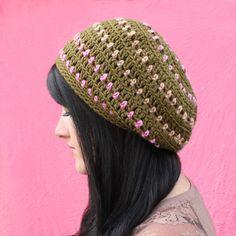 Ravelry: Heartbeat Slouchy Hat pattern by Julie King Crochet Beret Pattern, Crochet Slouchy Hat, Crochet Cap, Double Crochet, Single Crochet, Crochet Patterns, Julie King, African Head Wraps, Crochet Magazine