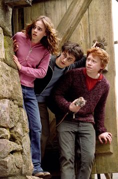 prisoner-of-azkaban-hermione-pink-hoodie