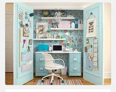 Knutsel hoek /bureau achter de deur