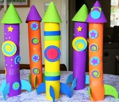 Craft Projects for Kids Rocket ship crafts and other cool ideas using paper towel rolls!Rocket ship crafts and other cool ideas using paper towel rolls! Kids Crafts, Craft Projects For Kids, Summer Crafts, Toddler Crafts, Preschool Crafts, Diy For Kids, Arts And Crafts, Craft Kids, Outer Space Crafts For Kids