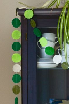 Zaaberry: DIY St. Patrick's Day Garland