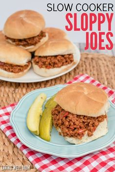 This Easy Slow Cooker Sloppy Joes isn't your average 'joe'; it's deliciously tangy with Paleo-friendly ingredients. Plus it's kid-approved and, with quick and easy prep time, it's a perfect family dinner recipe for any busy weeknight! Sloppy Joe Recipe Slow Cooker, Sloppy Joes Recipe, Healthy Meals To Cook, Easy Meals, Healthy Eating, Real Food Recipes, Sweets Recipes, Paleo Food, Crockpot Recipes