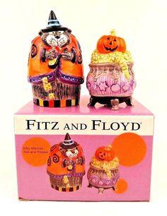 Fitz and Floyd Halloween Kitty Witches Salt Pepper Set Cat Cauldron Pumpkin… Halloween Items, Spooky Halloween, Pumpkins For Sale, Salt And Pepper Set, Cauldron, Witches, Kitty, Christmas Ornaments, Holiday Decor