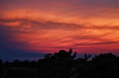 I have the most amazing sunset sky view from my balcony #latergram #discoverparramatta #epicsky #sunset #epicsunset #canon100d #eos100d #vscocam #gradientnation #gradientsky #skyporn