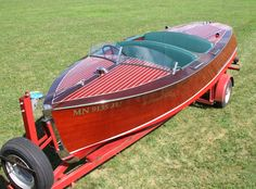 love this body design...1938 17' Chris Craft Deluxe Runabout