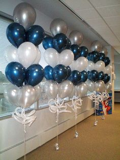 BALLOON CENTERPIECES ideas for Balloon Decorations, big collection of the Balloon bouquets, We provide best design arrangement for Balloons bunch set Blue Party Decorations, Birthday Decorations, Party Themes, Wedding Decorations, Party Ideas, Wedding Centerpieces, Decor Wedding, Winter Centerpieces, Graduation Decorations