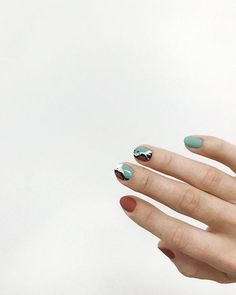 How to easily remove a glitter nail polish - My Nails Nail Polish Art, Glitter Nail Polish, Hot Nails, Hair And Nails, Nail Place, Laque, Perfect Nails, Nails Inspiration, How To Do Nails