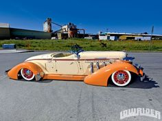 WTF Friday: Lowrider style Auburn Speedster - Stance Is Everything Lowrider, Cord Automobile, Auburn Automobile, Vintage Cars, Antique Cars, Auburn Car, Old Sports Cars, Women's Cycling Jersey, Cycling Jerseys
