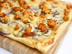 Plaattaart met kipshoarma en champignons - Foodaholic Savoury Baking, Healthy Baking, Tapas, Yummy Snacks, Yummy Food, A Food, Food And Drink, Breakfast Recipes, Dinner Recipes