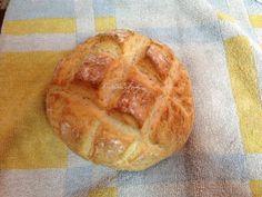 Llevo haciendo este pan unos 2 años y aunque los he hecho en distintas versiones; con semillas, con harina integral, etc… Tengo que decir que ninguno como éste. Está RIQUÍSIMO, tierno, y enci…