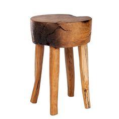 Ihastuttava ja persoonallinen Romanteaka jakkara. Jakkara on valmistettu kierrätetystä teak -puusta.