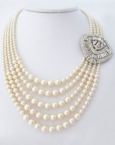Perfect Details Lorren Bell Graduated Pearl Necklace with Art Deco Brooch - The Knot