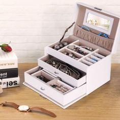 Süßes Schmuckkästchen  emilyliusongmics@gmail.com Swatch, Boxes, Crates, Box, Cubbies, Pattern, Boxing