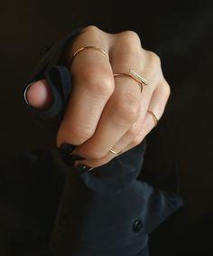 the diamond line ring / vrai & oro