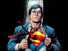 """""""Superhomem é um frustrado. A tese é estabelecida por Umberto Eco, que explora o Mito do Superman. O escriba define bem que a identidade de Clark Kent representa tudo que o Superhomem gostaria mas não poderá nunca realizar. A sociedade o força a esconder seus poderes, e ele, para poder extravasar de vez em quando sua necessidade por usar habilidades que o tornam quase um deus, resolve colocar seus dons a serviço da humanidade. Quase um """"vocês deixam eu me exibir um pouco, e em troca limpo as…"""
