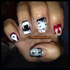 Holoween nails