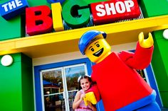 How cool is a meet and greet?? Meet your favorite lego characters! #LEGOLANDFlorida