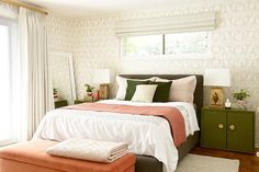 emily henderson bedroom Before and After : Bedroom Makeover with Moss and Coral Accents Window Above Bed, Bedroom Furniture, Bedroom Decor, Bedroom Ideas, Bedroom Inspiration, Pink Bedrooms, Bedroom Green, Master Bedroom, Coral Bedroom