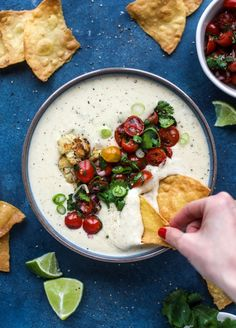 This roasted cauliflower queso has all the deliciousness of regular queso, with roasted cauliflower added in. It's satisfying and tastes like heaven. Swap cornstarch for zantham gum? Cauliflower Cheese, Roasted Cauliflower, Guacamole, Appetizer Recipes, Appetizers, Queso Recipe, Vegetarian Recipes, Healthy Recipes, Clean Recipes