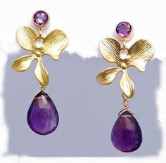 Gorgeous limited edition lilac ameythst earrings with gold posts