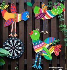 Big Cardboard Birds - Spring Crafts For Kids Bird Crafts, Animal Crafts, Paper Crafts, Recycled Art Projects, Projects For Kids, Spring Crafts For Kids, Art For Kids, Mexican Crafts, Cardboard Art