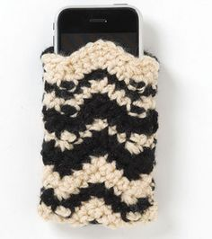 How to Crochet Mobile Cell Phone Pouch for iPhone Samsung - Crochet Ideas Love Crochet, Crochet Gifts, Diy Crochet, Single Crochet, Crochet Baby, Crochet Cardigan Pattern, Crochet Patterns, Crochet Designs, Flower Patterns
