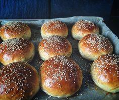 Die besten Brioche Burger Buns - ab heute backen wir unsere Burgerbrötchen selber