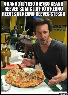 Quando il tizio Funny Test, Funny Jokes, Fanny Photos, Hmm Meme, Funny Images, Funny Pictures, Italian Memes, Dont Forget To Smile, Keanu Reeves