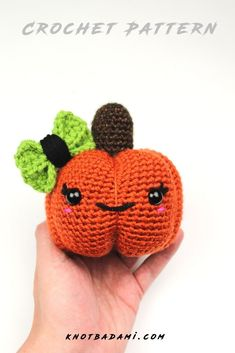 Make your very own cute crochet pumpkin! Get started with amigurumi with this crochet pattern. Create your own cute crochet large and small pumpkins with this easy crochet pattern. Cute and kawaii, this basic and beginner friendly DIY project is perfect for any crocheter that loves fall and halloween. This stuffed animal amigurumi is perfect for home decor. Great project for the spooky season! Easy and free stuffed animal plushie that can be made quickly and easily. Simple Crochet, Easy Crochet Patterns, Cute Crochet, Crochet Dolls, Beginner Crochet Projects, Crochet For Beginners, Crochet Pumpkin, Small Pumpkins, Crochet Leaves
