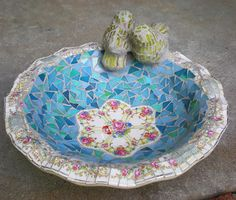 bird bath 051912 by artsyphartsy (Kathleen), via Flickr