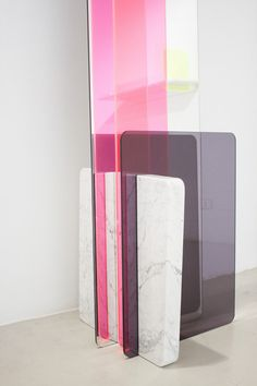 Stock Collection rencontre entre plexiglas et marbre par Giorgia Zanellato