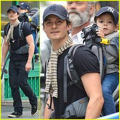 Orlando Bloom & Flynn: Matching New York Yankees Duo! Orlando Bloom carries his adorable son Flynn on his back while taking a stroll on Monday (September 16) in New York City's Tribeca district.   ...