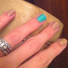 Brooch the Subject with a Turquoise and Caicos accent nail - love essie