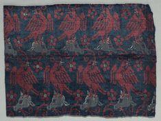 Velvet Fragment, 1375-1399 Italy, last quarter of 14th century velvet; silk, Overall - h:20.30 w:26.70 cm (h:7 15/16 w:10 1/2 inches).