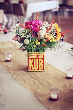 Lovely bouillon cube - I have almost a similar one at home. And a great idea for setting a table with flowers when we're inviting friends over for dinner!