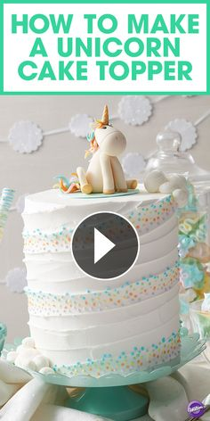 Watch this video to learn how to make a whimsical unicorn cake topper by using Wilton Shape N Amaze Edible Dough! Fondant Toppers, Fondant Cakes, Cupcake Cakes, How To Make A Unicorn Cake, Cupcakes Princesas, Cupcake Videos, Unicorn Cake Topper, Unicorn Cakes, Cake Decorating Tips