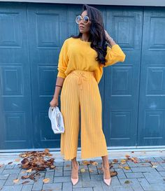 This may just be my colour for the autumn season 🍂🍁 Classy Outfits, Stylish Outfits, Fashion Outfits, Womens Fashion, Spring Summer Fashion, Spring Outfits, Autumn Fashion, Black Girl Fashion, Fashion Looks