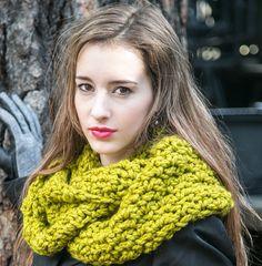 Wool Infinity Scarf by MercierMarche #infinity #scarf #kiwi #greenscarves #wool #fallknits