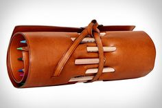Colored pencils are art themselves in this Travelteq pencil roll Leather Pencil Case, Leather Bag, Leather Roll, Pencil Holder, Leather Projects, Leather Accessories, Office Accessories, Leather Working, Leather Craft