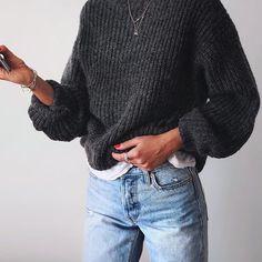 Never ending knit & denim obsession! ✔️ // #levis jeans via @shopbop, knit #UniqloAU