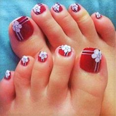 cool Difficulties in Toe Nail Polish Designs