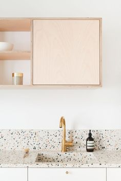 Can You Handle This Trend? - Terrazo - In case you didn't notice, the 'terrazzo' design trend is making a huge comeback this year, and we are already in love wi Küchen Design, Home Design, Design Ideas, Interior Design Kitchen, Kitchen Decor, Simple Interior, Paris Kitchen, Studio Kitchen, Kitchen Themes