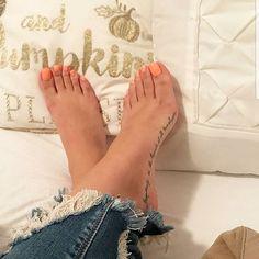 @feetbysvett #feet #fetish #pies #fetiche #venezuela #brasil #colombia #nails #tatto #feets #feetlover #feetfetishnation #feetfans #feetfashion #tattofeet #feti #fetishphotography #feetporn #photooftheday #pezinhos #pezinhosdeprincesa #prettynails #prettyfeet #teamfeet #instafeet #pezinhosfemininos #teamfeet #pes #peslindos #sexyfeet