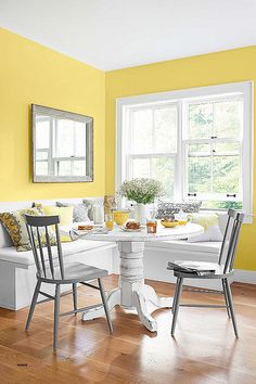 Discover ideas and inspiration for yellow kitchen ideas so as to add to your own home. Kitchen Ideas These Warm Paint Color Ideas Will Make Your Home Feel Extra Cozy Warm Paint Colors, Yellow Paint Colors, Paint Colors For Living Room, Yellow Dining Room, Yellow Walls Living Room, Yellow Kitchen Walls, Yellow Kitchens, Yellow Rooms, Dining Rooms