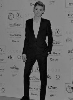 Thomas Brodie-Sangster at the London Critics' Circle Film Awards. Dylan Thomas, Dylan O'brien, Thomas Brodie Sangster, Newt Maze Runner, Cute Actors, Film Awards, Celebs, Celebrities, To My Future Husband
