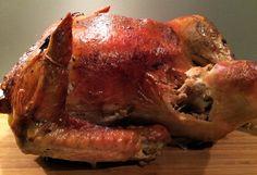 Slik steker du kalkun Pork, Meat, Chicken, Kale Stir Fry, Pigs, Pork Chops, Buffalo Chicken, Rooster