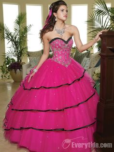 【Everytide.com】Beaded Pink Ball Gown