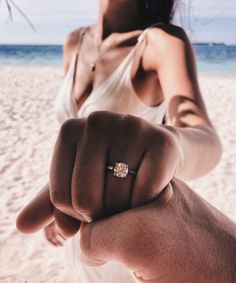 ideas for wedding couple pictures marriage photo ideas Wedding Goals, Wedding Pics, Dream Wedding, Wedding Ideas, Wedding Tumblr, Wedding Bands, Wedding Proposals, Wedding Beach, Marriage Proposals