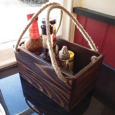 Caja porta condimentos de madera